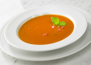 Tomatoe soup as a starter or main course