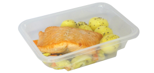 Fresh salmon with potatoes and fennel